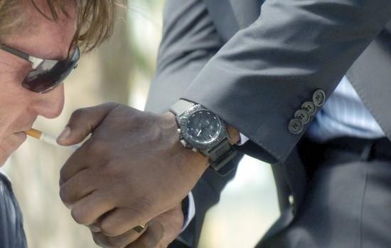 Idris Elba wearing a luminox watch in, 'The Gunman'.